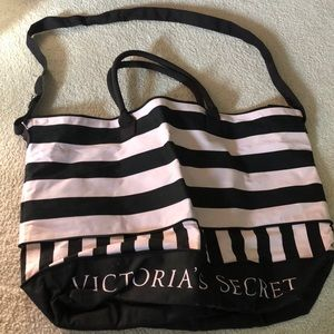 Victorias secret weekend bag